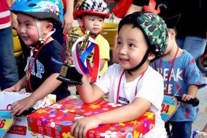 Quà tặng học sinh - Cúp Mini