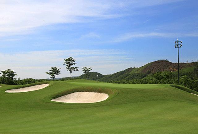 choi-golf-o-viet-nam-ngay-cang-pho-bien-va-chuyen-nghiep-anh-2