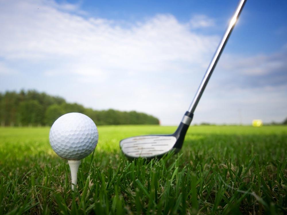 Choi-golf-chuan-bao-nhieu-tien-anh-1.jpg