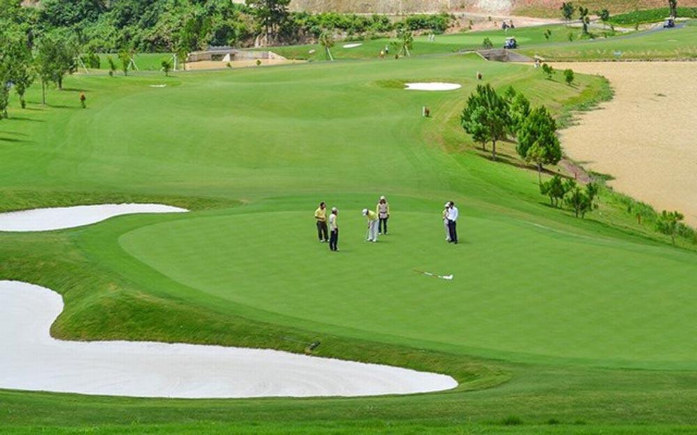 Chi phí sân Golf là tốn kém