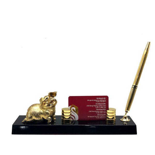 Quà tặng sếp để bàn heo vàng tài lộc